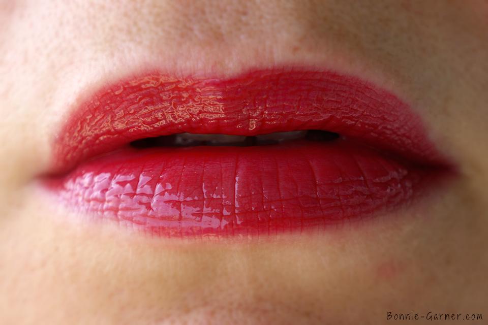 Laque à lèvres Color Riche Extraordinaire de L'Oréal Paris, Ruby Opéra
