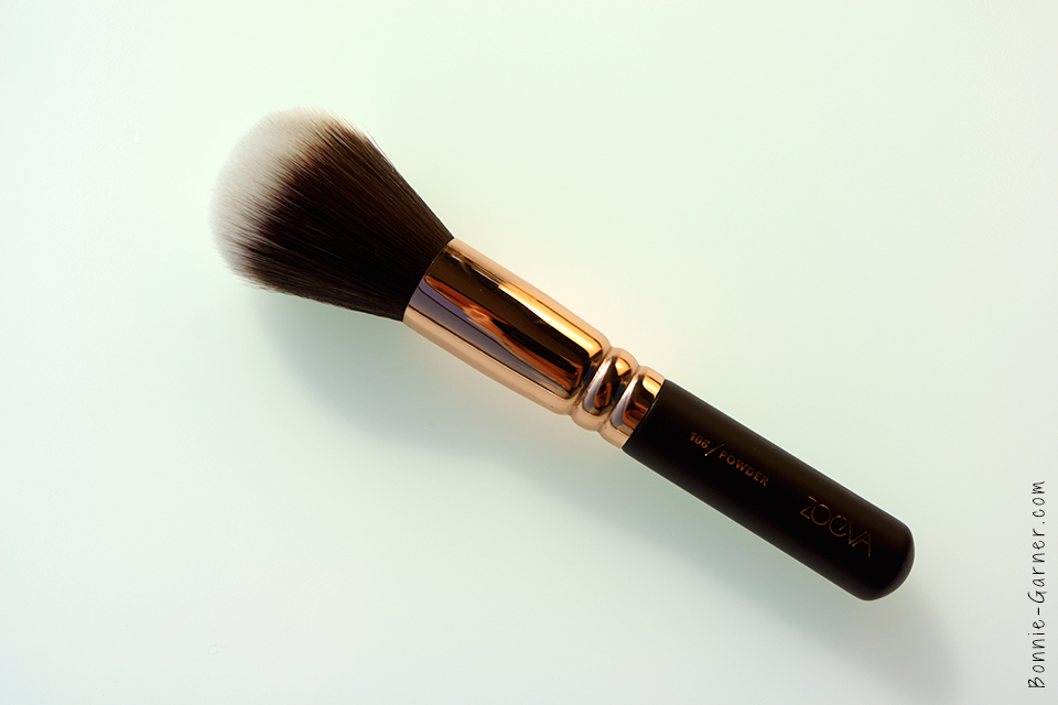 Zoeva 106 Powder Face Brush