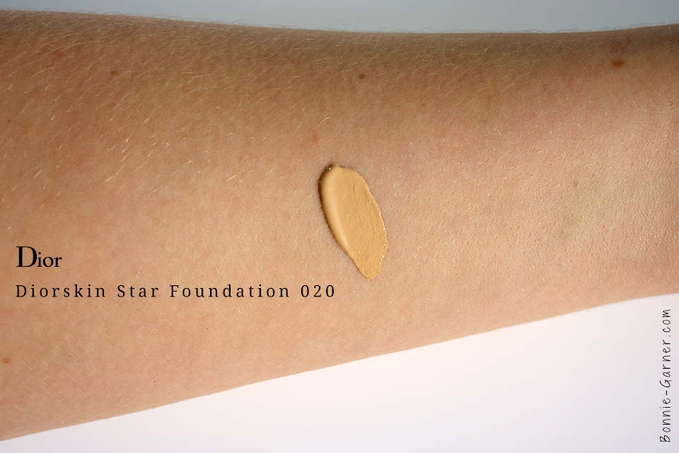 Diorskin Star Fondation 020 Swatch