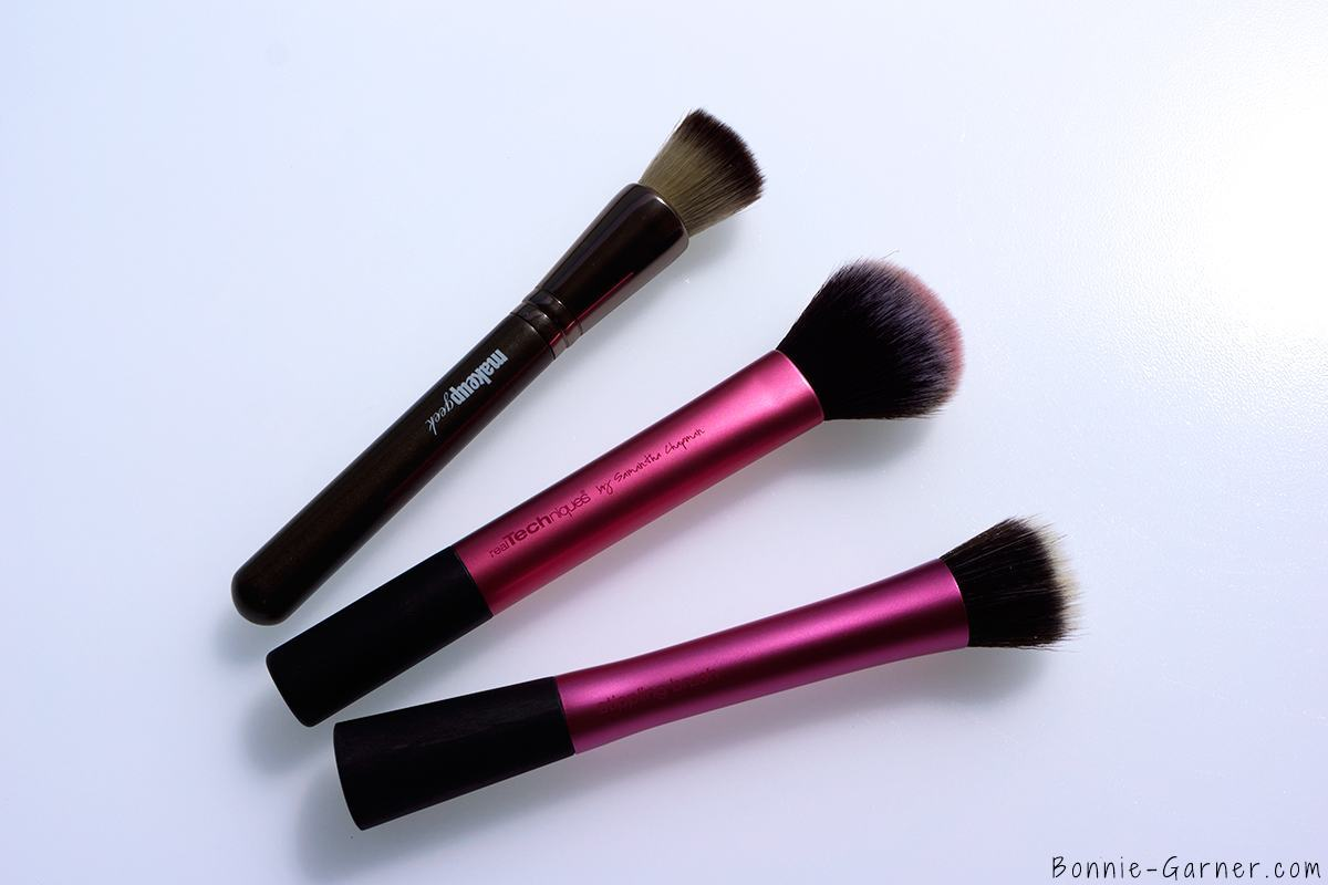 Makeup Geek Foundation Stippling Brush, Real Techniques  Multi Task Brush & Stippling Brush