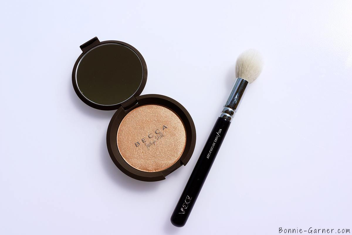 Becca x Jaclyn Hill Shimmering Skin Perfector Pressed Champagne Pop ZOEVA 105 makeup brush