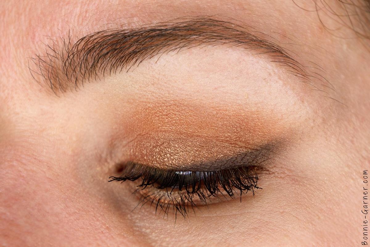 ZOEVA Cocoa Blend palette makeup look