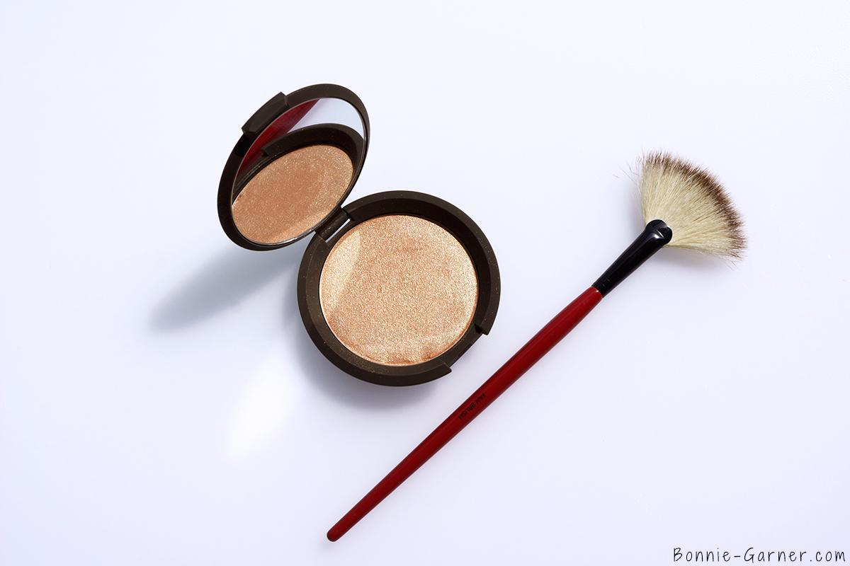 Becca x Jaclyn Hill Shimmering Skin Perfector Pressed Champagne Pop Smashbox Fan Brush