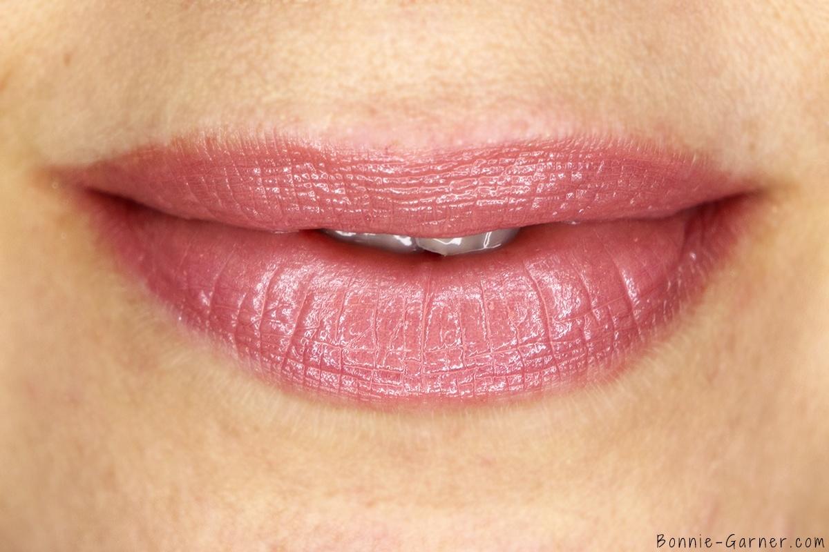 Laura Mercier Lip Parfait Creamy Colourbalm Amaretto Swirl lip swatch