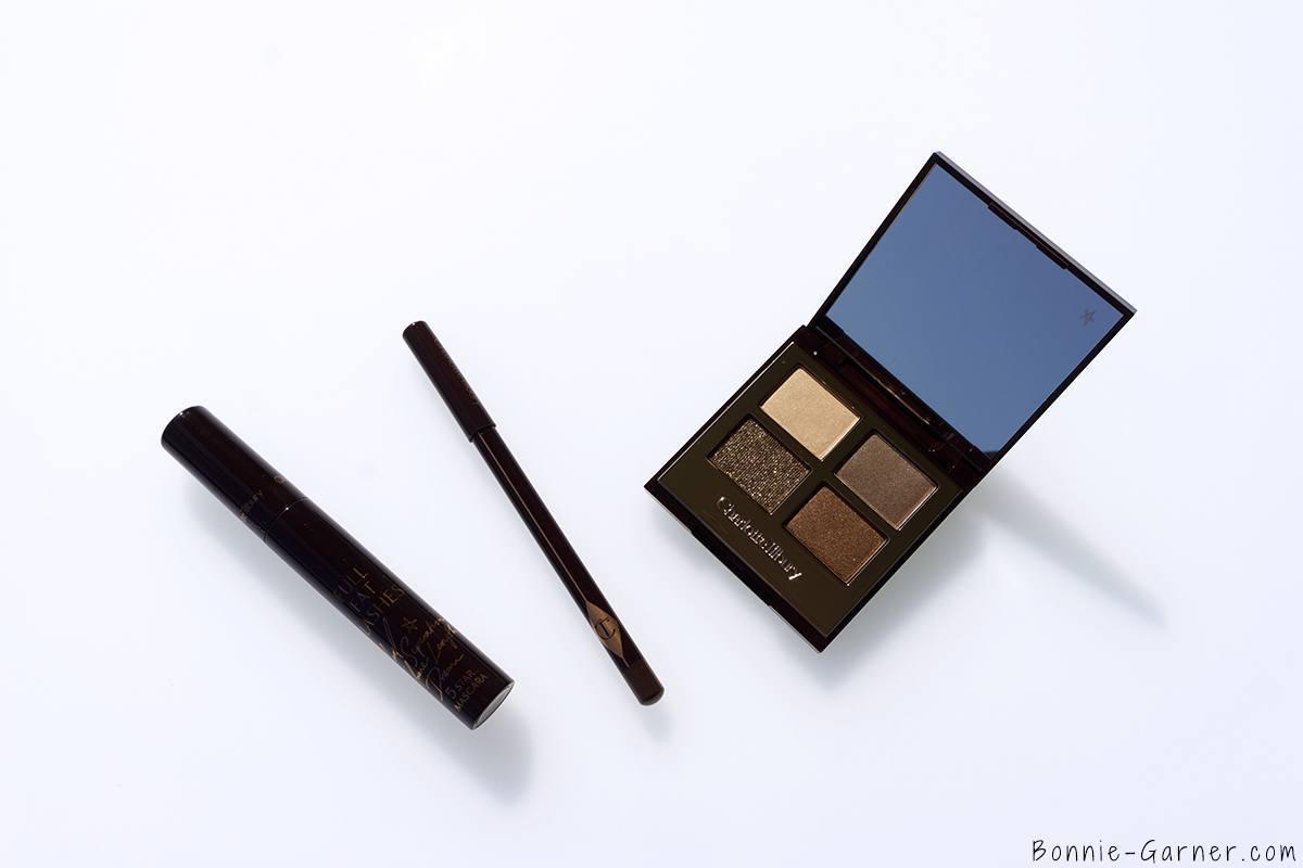 Charlotte Tilbury The Golden Goddess Gift Box: The Golden Goddess Luxury Eyeshadow Palette, The Classic eyeliner Sophia, Full Fat Lashes mascara
