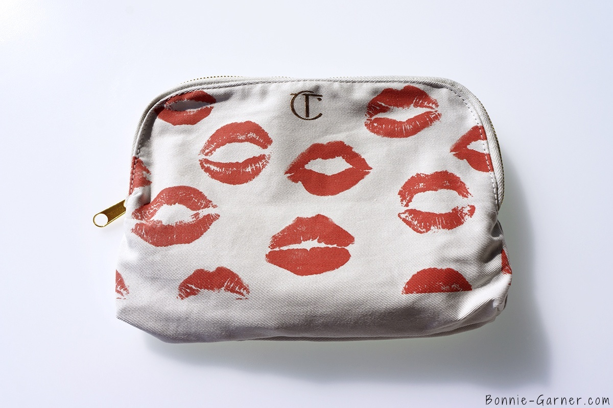 Charlotte Tilbury The Golden Goddess Gift Box makeup bag
