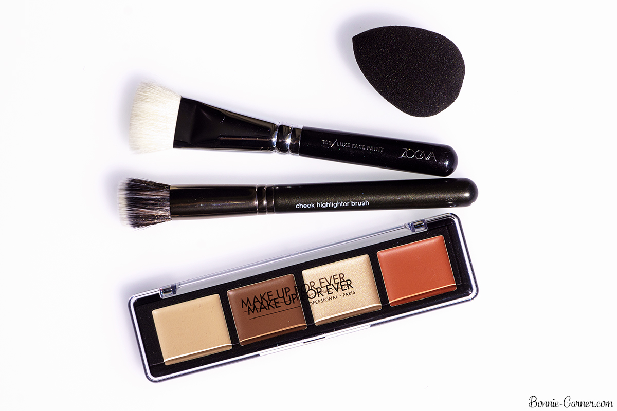 Make Up For Ever Pro Sculpting Palette #20 (Light), Beauty Blender, Makeup Geek cheek highlighter brush, ZOEVA Face Luxe Paint brush