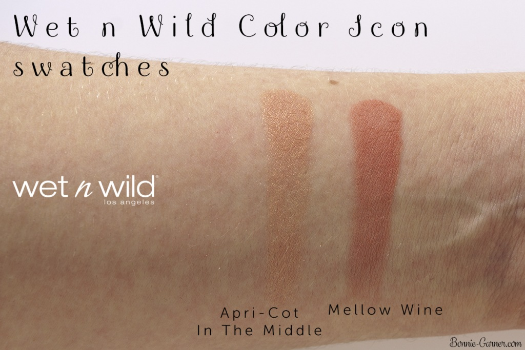 Wet n Wild Color Icon blushes: Apri-Cot In The Middle, Mellow Wine swatches