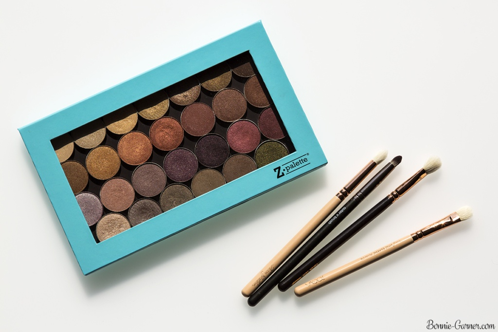 Makeup Geek eyeshadows satin finish, Z-Palette, makeup brushes